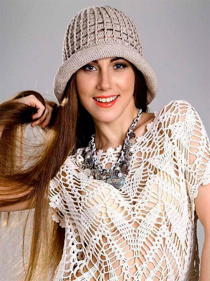 Шляпка женская из льна - фото 22850