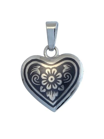 Подвеска серебряная в форме сердца - фото 22867