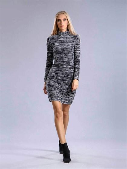 Трикотажное платье - фото 35528