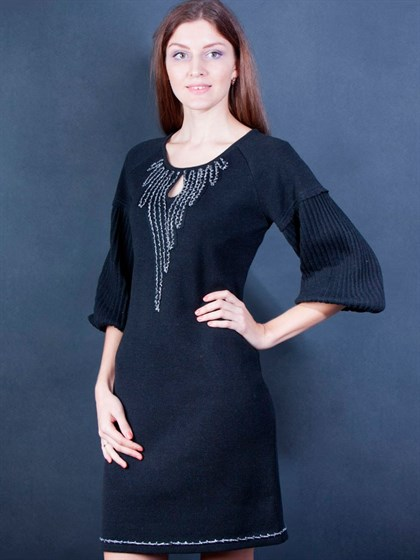 Черное вязаное платье - фото 25800