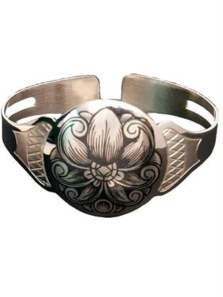 Элегантный браслет из серебра