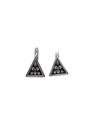 Треугольные серьги из серебра