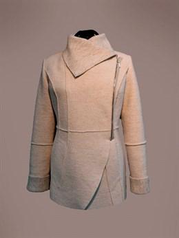 Укороченное пальто из валяной шерсти с добавлением льна
