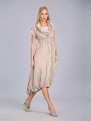 Льняное платье с воротником-капюшон