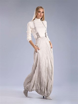 Льняная длинная юбка из гофрированной ткани