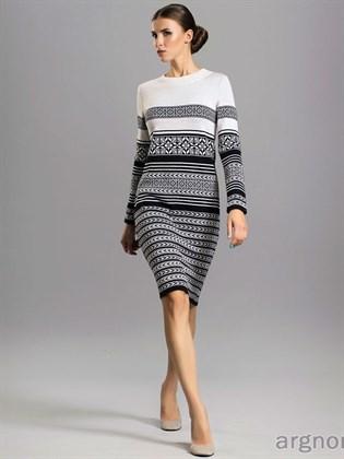 Льняное трикотажное платье