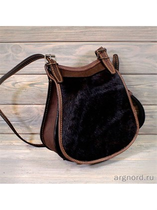Кожаная сумка с ремешком через плечо