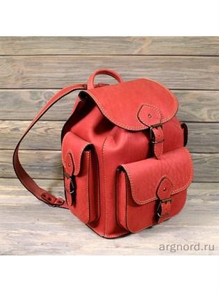 Большой рюкзак из жесткой кожи