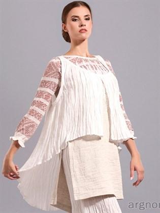 Блузка льняная - свободного кроя