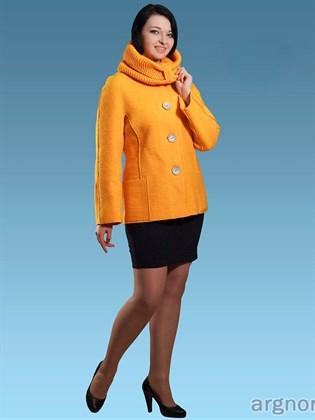 Пальто из валяного полотна короткое