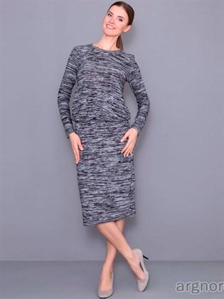 Вязаное трикотажное платье
