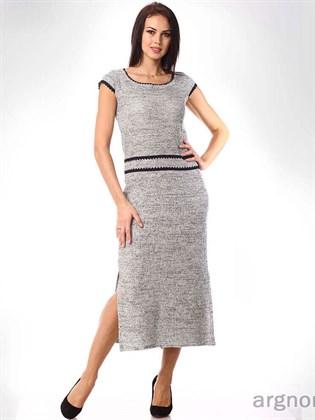 Платье трикотажное с разрезами