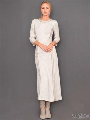 Длинное льняное платье с кружевом