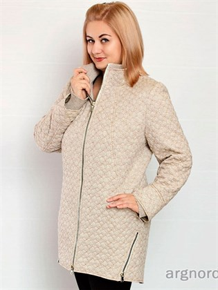 Стеганое пальто с удлиненной спинкой