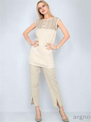 Короткие льняные брюки с разрезами