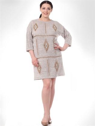 Трикотажное платье прямого кроя