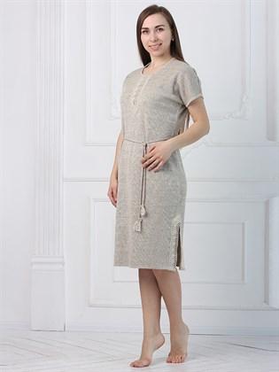 Платье прямое с разрезами