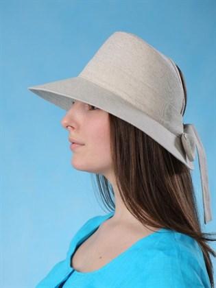 Шляпа с большими полями на завязках