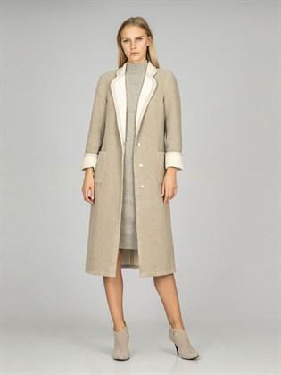 Пальто женское на велюре