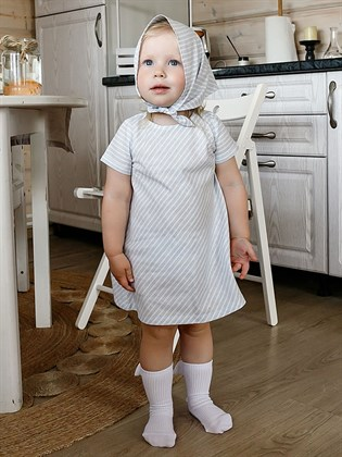 Платье для девочки с голубой полоской
