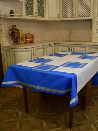 Комплект столового белья голубой с тесьмой